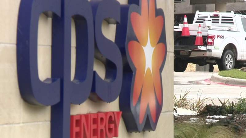 CPS Energy, SAWS leaders appear before Bexar County Commissioner's Court