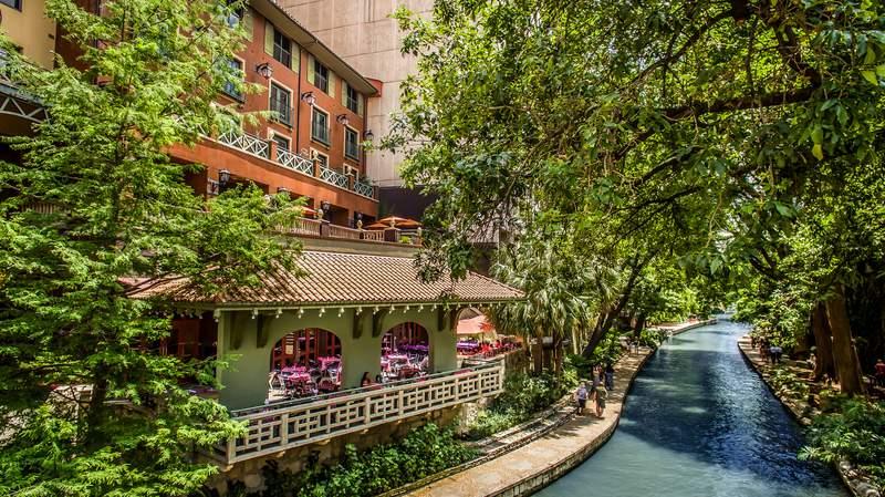 Hotel Valencia Riverwalk.