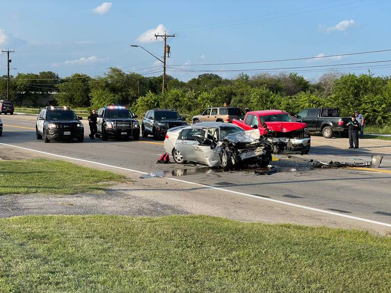 One dead after crash on the South Side, SAPD says