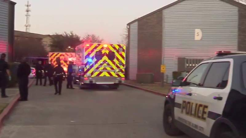 San Antonio police seeking two suspects after deadly shooting on Northeast Side