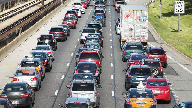 Generic image of traffic.