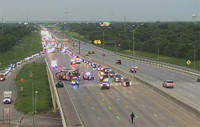 A crash was reported around 8 p.m. Tuesday, Aug. 3, 2021, in the westbound lanes of the 400 block of U.S. Highway 90, near 36th Street on the West Side. Image: TXDoT