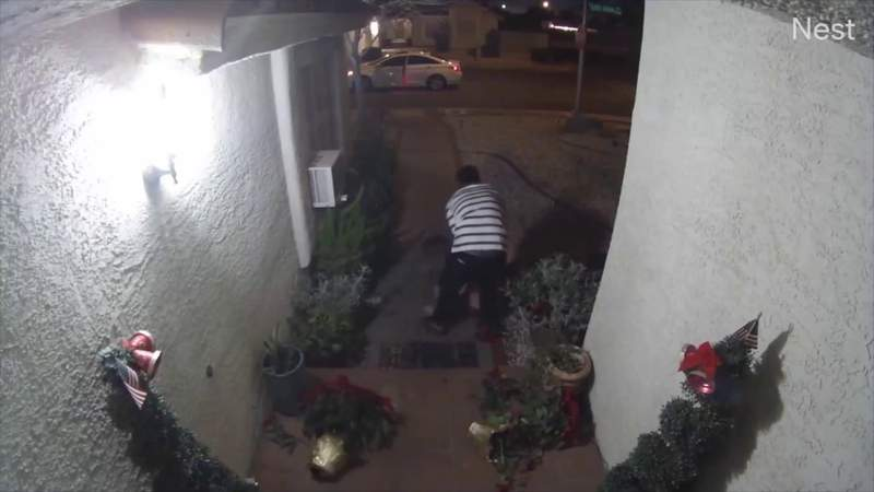 Woman yelled her captor's name during Las Vegas kidnapping captured on camera, police say