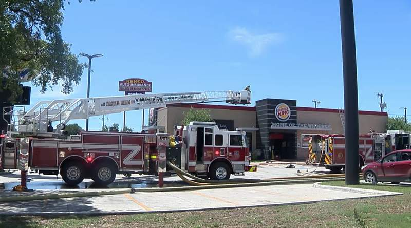A fire at a Burger King on the North Side prompted an evacuation for customers and left extensive damages, according to the San Antonio Fire Department.