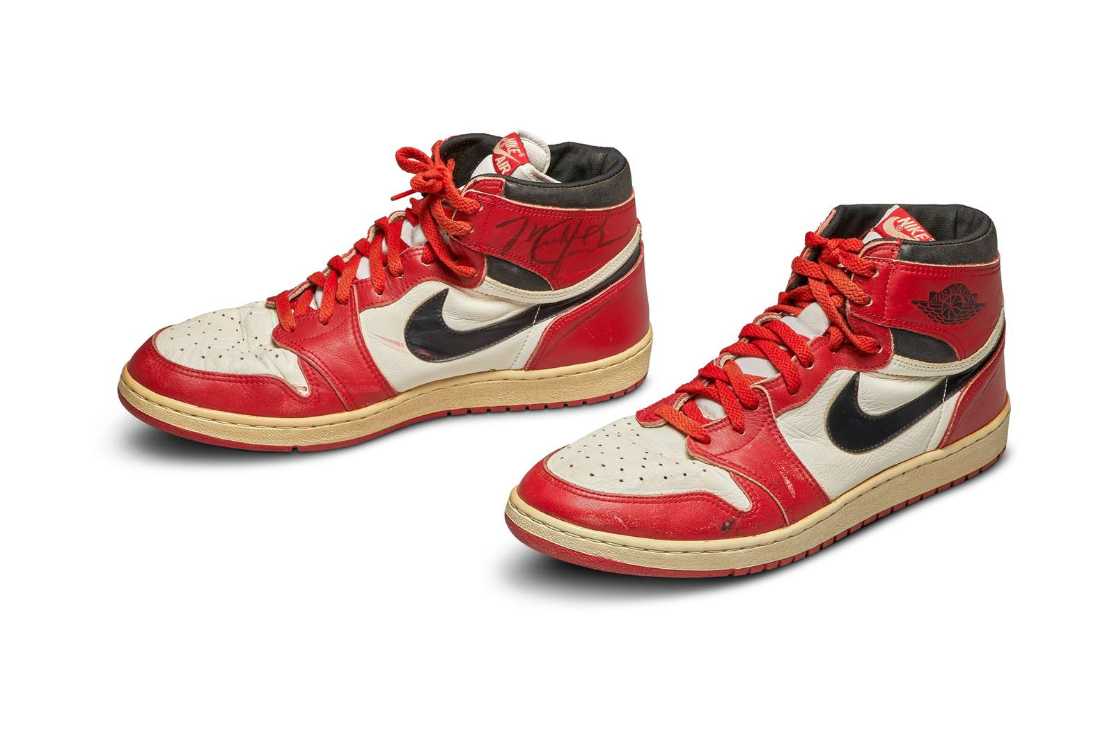 Air Jordan Shoes From 1985