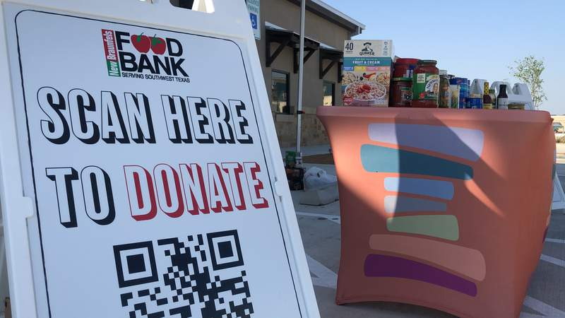 The free benefit, Band Together Against Hunger aims to raise $5,000 to feed 35,000 families.