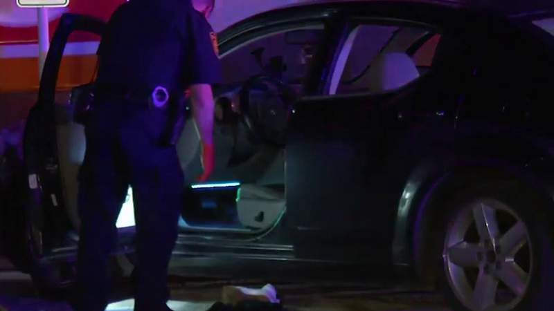 San Antonio police investigate slaying in gas station parking lot on NW Side