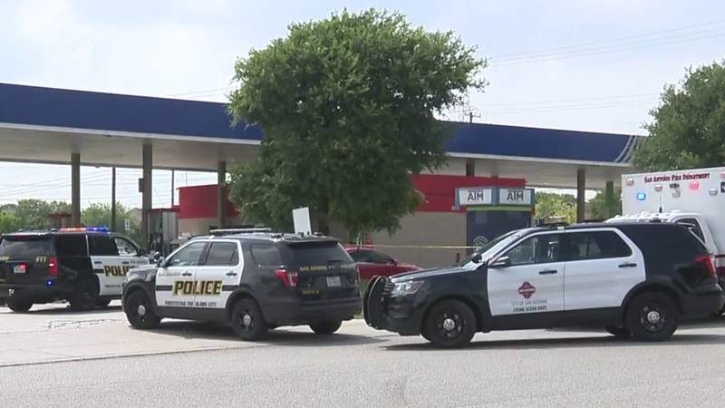 Man, 63, fatally shot outside far West Side convenience store