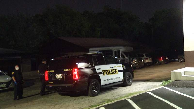 San Antonio police investigate an alleged illegal gambling ring on Thursday, July 2, 2020 at a building in the 1800 block of Bandera Road.