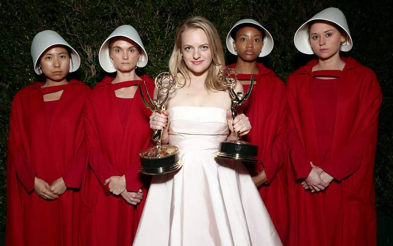 "Elisabeth Moss, winner of the awards for Outstanding Drama Series and Outstanding Lead Actress in a Drama Series for 'The Handmaid's Tale"" attends Hulu's 2017 Emmy After Party at Otium on September 17, 2017 in Los Angeles, California. (Photo by Todd Williamson/Getty Images for Hulu)"