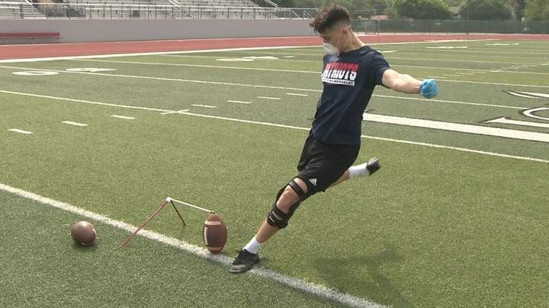 Veterans Memorial's Camron Colwell returns to kicking after devastating knee injury