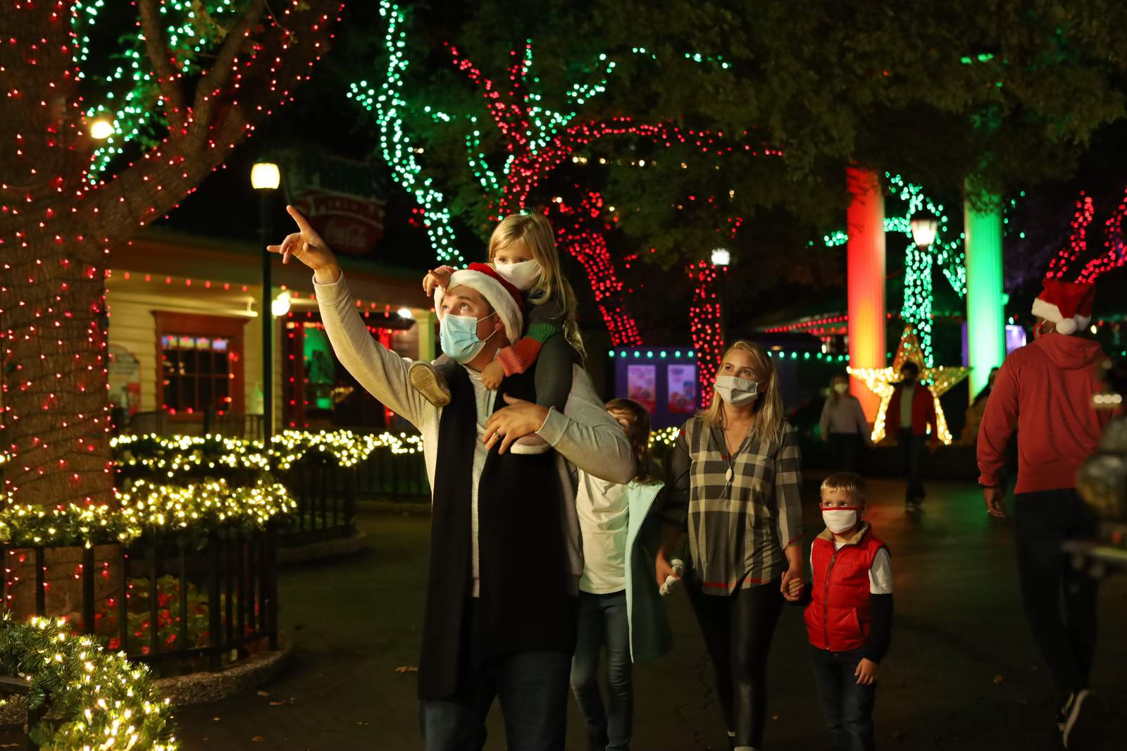 Fiesta Texas Christmas 2020 Holiday in the Park returning to Six Flags Fiesta Texas with