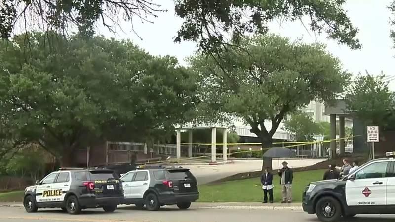 Police: Bystander returns fire at man who shot at woman at San Antonio abortion clinic