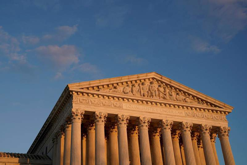 The U.S. Supreme Court building at sunset. (Credit: REUTERS/Erin Scott)