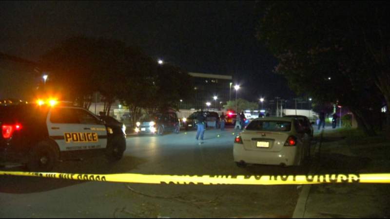 SAPD searching for clues, suspects in shooting on city's far West Side