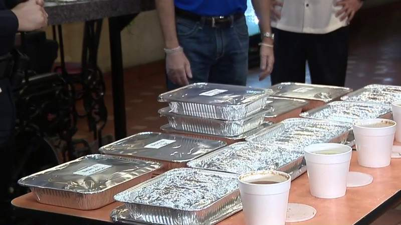 Local restaurant gives out tacos to first responders