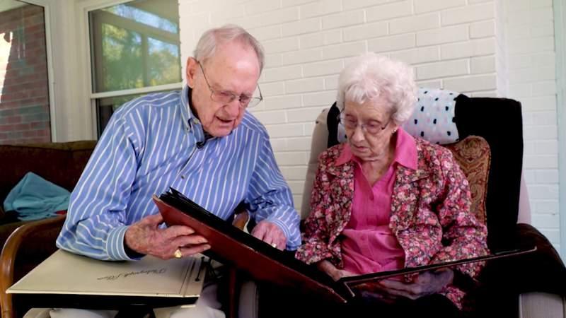 Alzheimer's attacks more women than men, study says