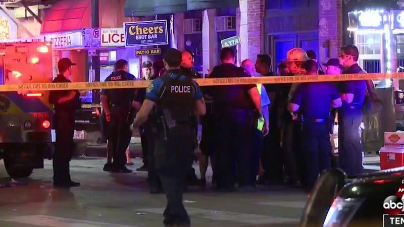 Austin police still searching for second suspect in downtown mass shooting