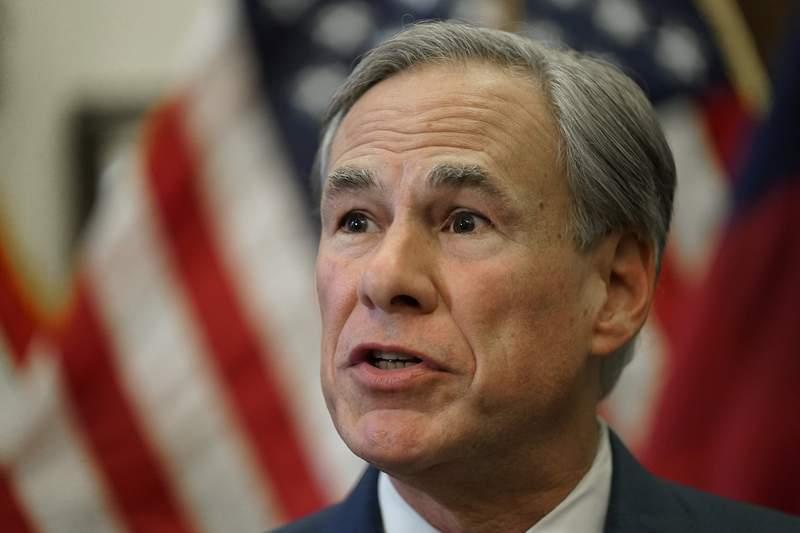 El gobernador de Texas, Greg Greg Abbott, en conferencia de prensa en Austin el 8 de junio de 2021. (AP Foto/Eric Gay, File)