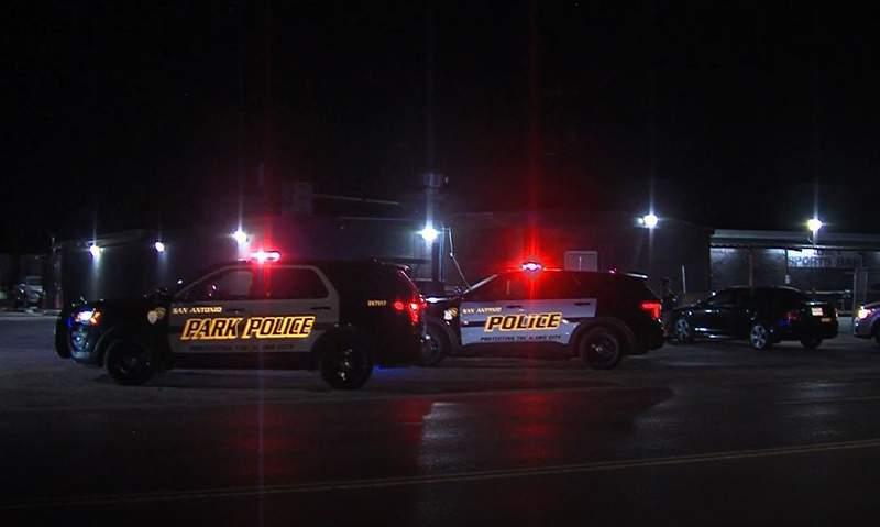 San Antonio police called to shooting at South Side bar.