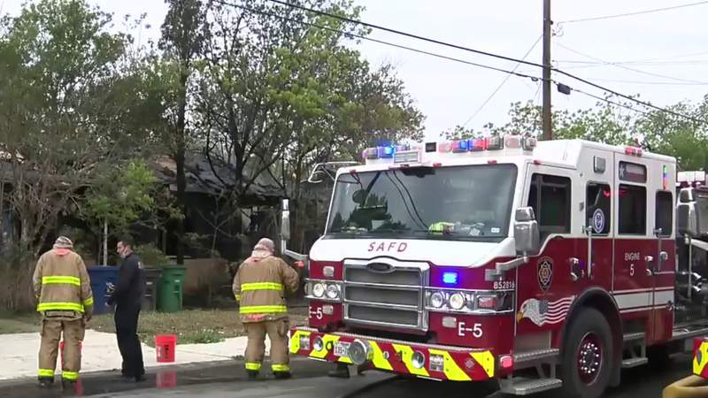 SAFD: Fire destroys East Side home, neighboring house damaged by flames