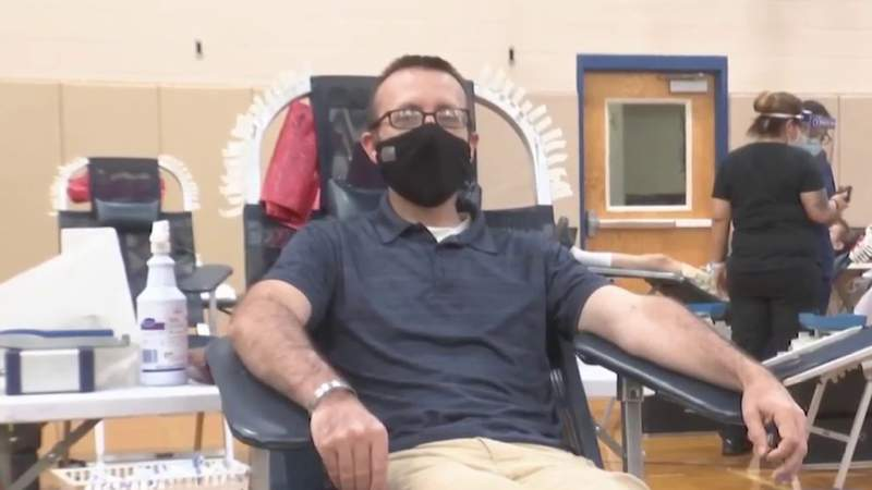South Texas Blood and Tissue Center holds blood drive at Johnson High School