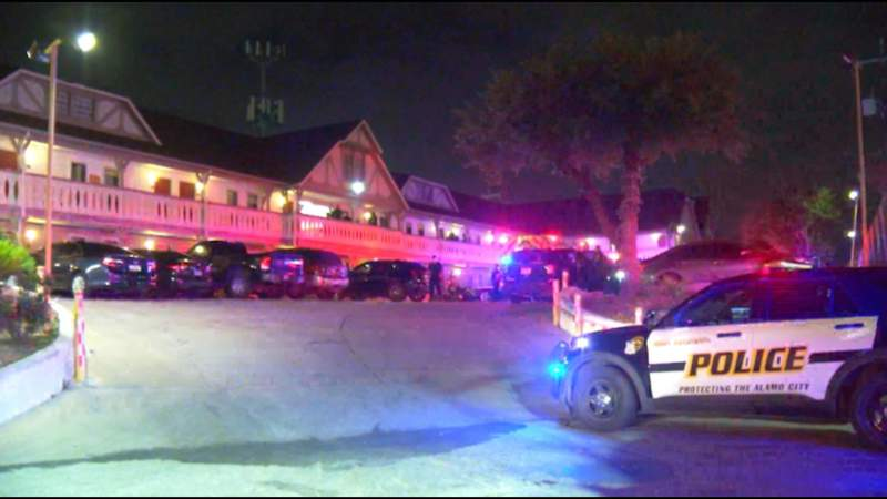 SAPD: Man found fatally shot in West Side hotel room