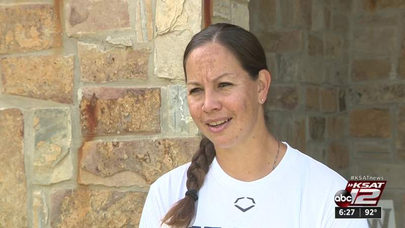 New Braunfels' Cat Osterman departs for third Olympic games with USA Softball