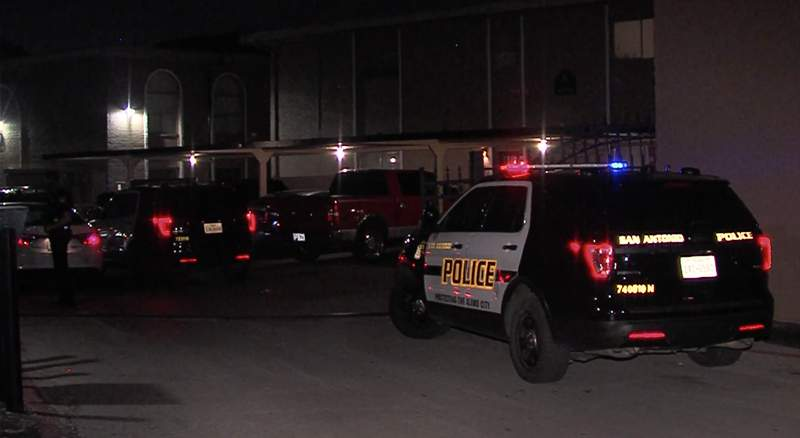 An argument between two men ended in a shooting overnight, sending one of them to the hospital and the other into San Antonio police custody.