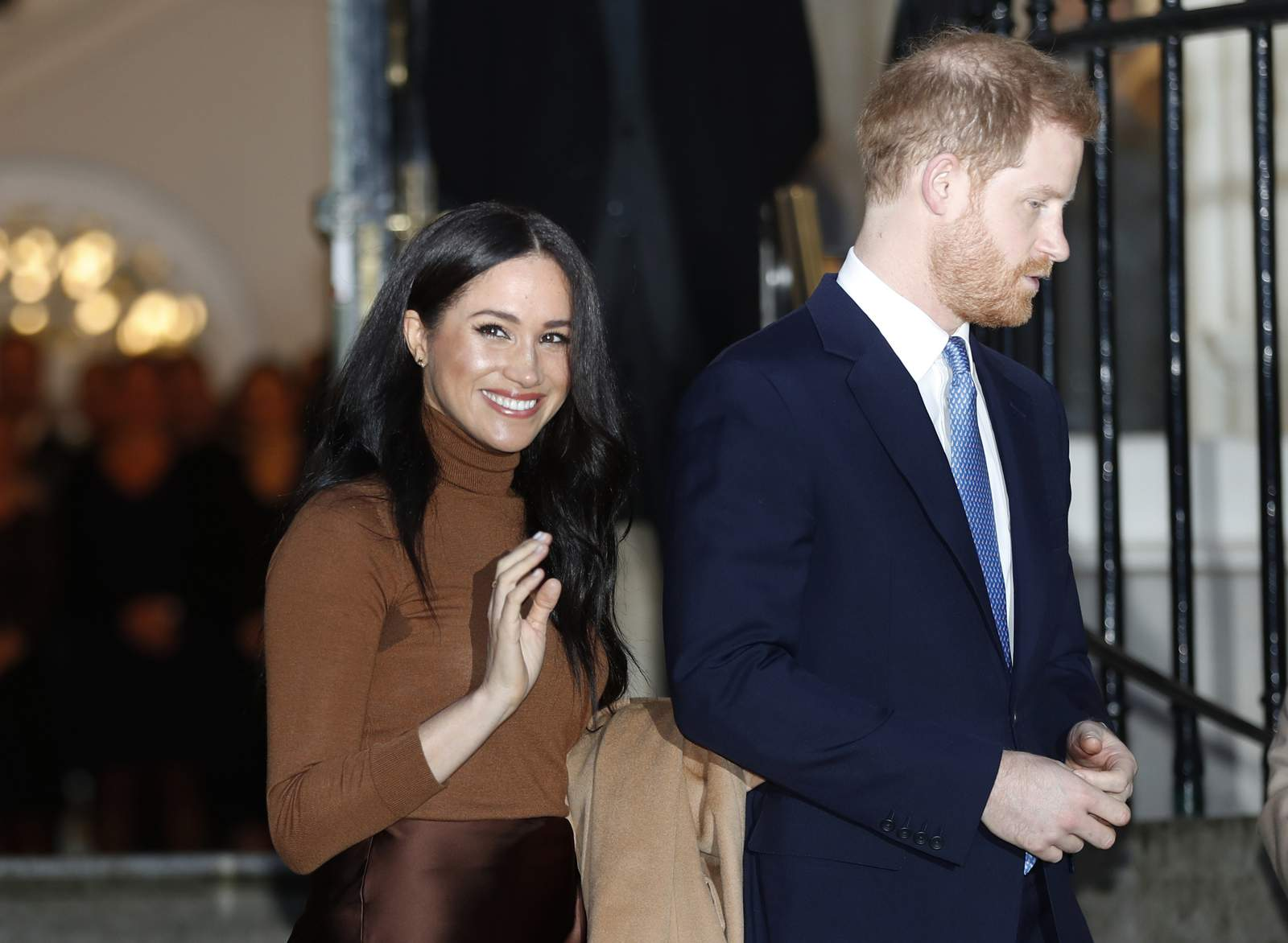 prince harry reunites with meghan and archie in canada prince harry reunites with meghan and