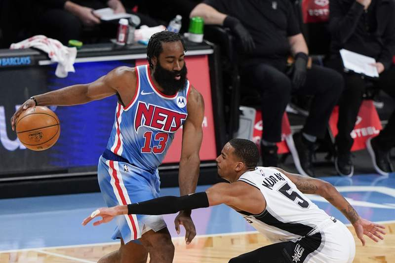 Dejounte Murray calls out James Harden after video shows Nets star attempt to trip Spurs guard