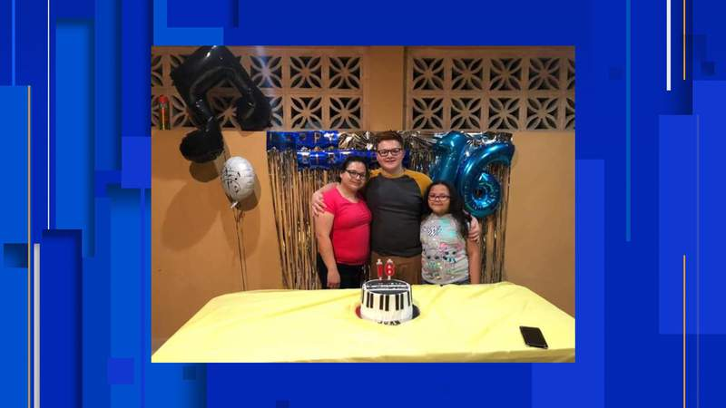 The FBI is seeking help in finding Gladys Cristina Perez Sanchez,  John Carlos Gonzalez and Michelle Cristina Duran who were last seen in Mexico.