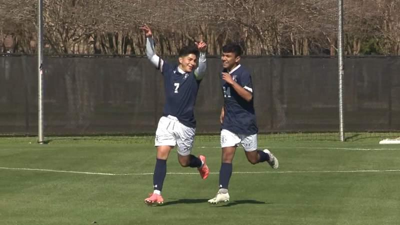 HS Soccer Highlights: Central Catholic tops Kelly Catholic