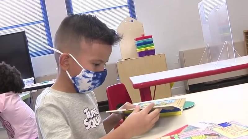 Whataboy visits SAISD Jumpstart students to beforehand   reading