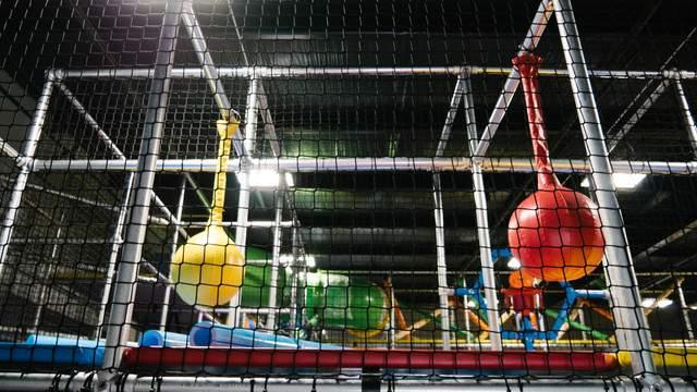 Hang Indoor Playground