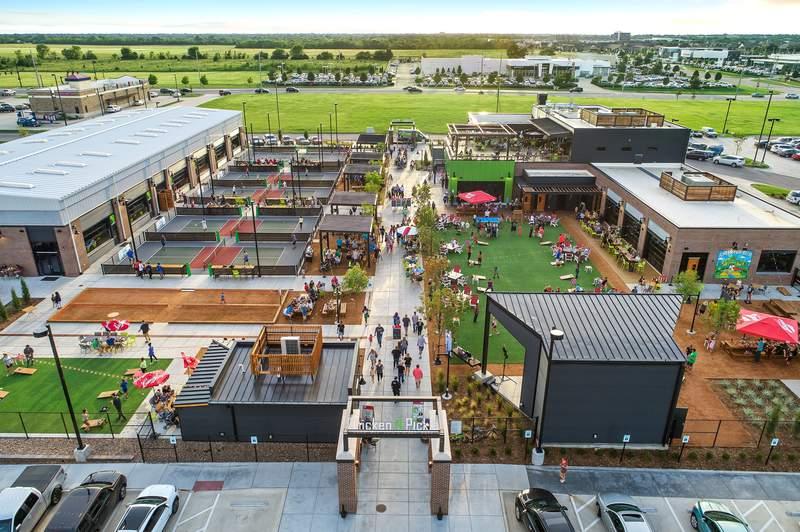 Chicken N Pickle Opens Courts in San Antonio