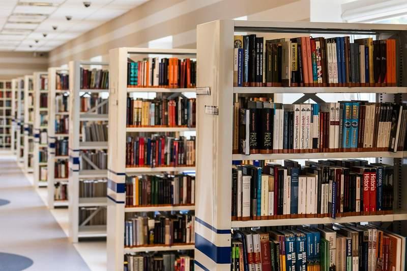 San Antonio librarians still working to help others