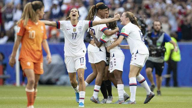 Tobin Heath and players of the USA celebrate following the 2019 FIFA Women's World Cup France Final match between The United States of America and The Netherlands at Stade de Lyon on July 07, 2019 in Lyon, France. (Photo by Maja Hitij/Getty Images)
