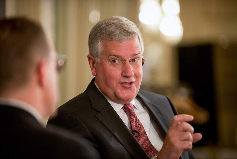 Texas Tribune editor Evan Smith interviews Mike Collier, then-candidate for State Comptroller of Texas.
