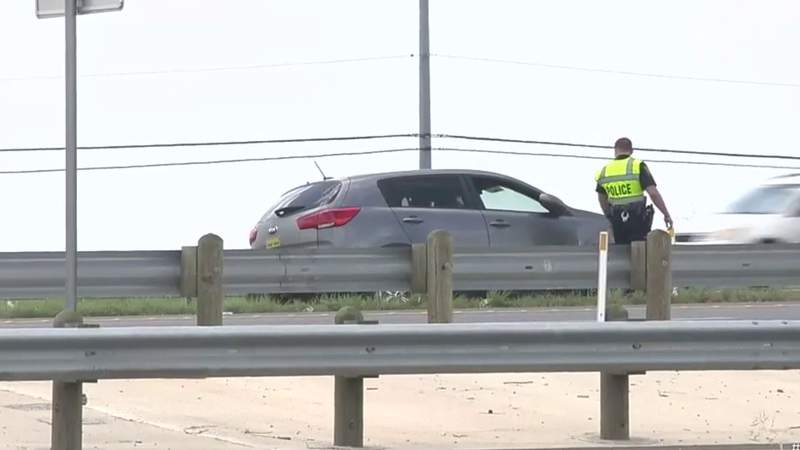 Man could face charges after road rage incident leads to crash on West Side, SAPD says