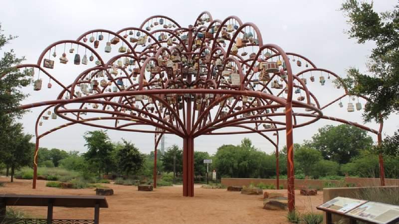 The Arbol de la Vida: Memorias Y Voces de la Tierra sculpture was commissioned by the San Antonio River Foundation.
