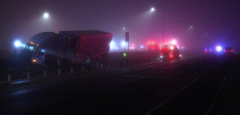 Two killed in wrong-way crash involving 18-wheelers, deputies say