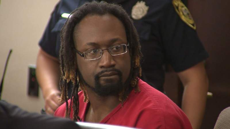 Jury selection in capital murder trial of accused cop killer to resume Monday