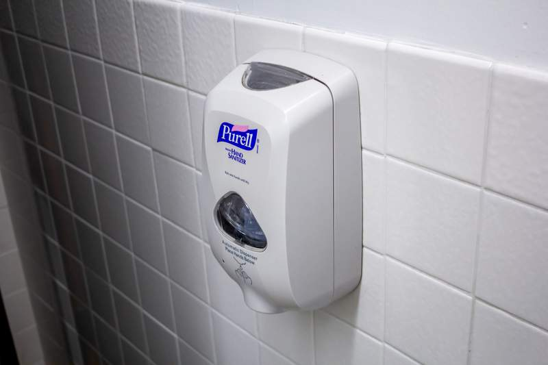 The US Food and Drug Administration is giving the maker of Purell products a stern warning.