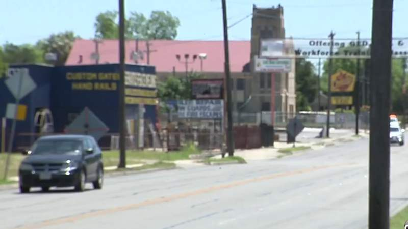 Most voters in Bexar Facts-KSAT-Rivard Report poll concerned with closure of businesses amid COVID-19 pandemic