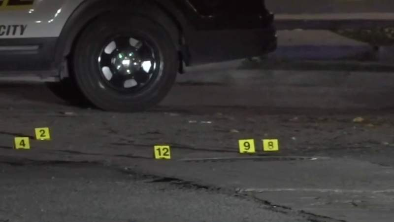 Police looking for suspect in shooting on West Side