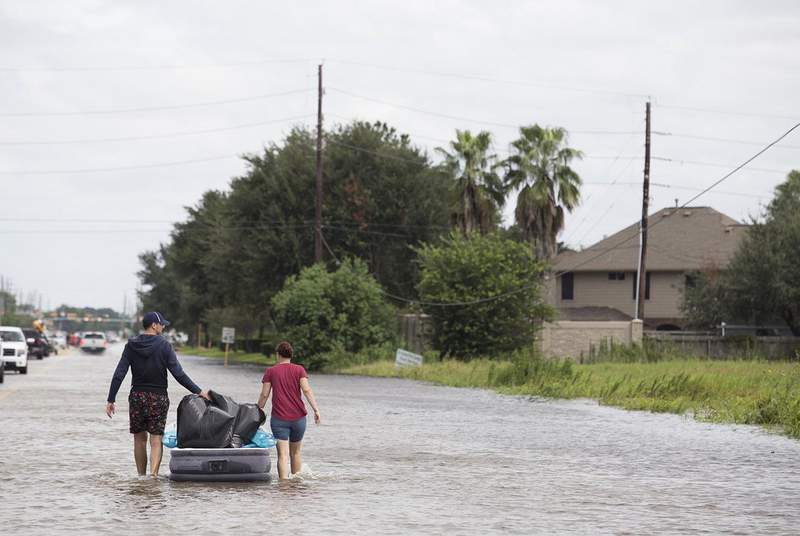 On the Gulf Coast, stronger hurricanes energized by warmer oceans have cost the state billions of dollars due to increased wind damage and greater precipitation during mega-storms like Hurricane Harvey, according to a climate assessment commissioned by the City of Houston. (Credit: Michael Stravato for The Texas Tribune)