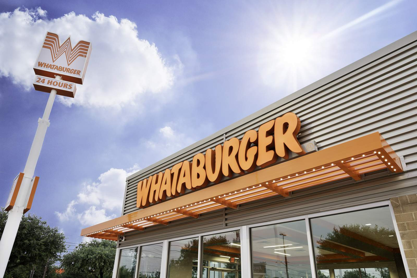 Whataburger hosting free, virtual leadership conference with David Robinson, celebrity speakers
