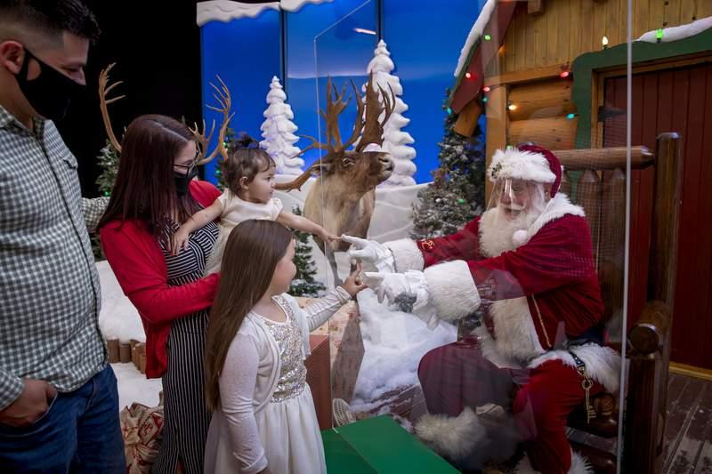 2020 Santa's Wonderland, image courtesy of Bass Pro Shop.