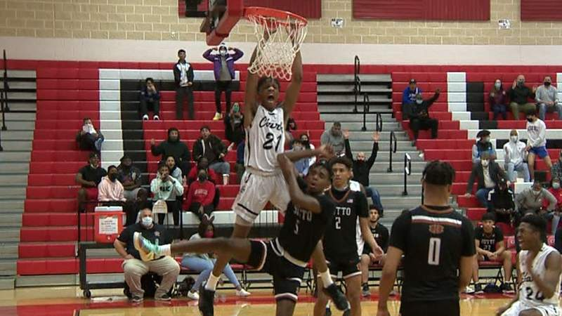 HIGHLIGHTS: Jefferson boys top Dripping Springs, Clark knocks off Hutto
